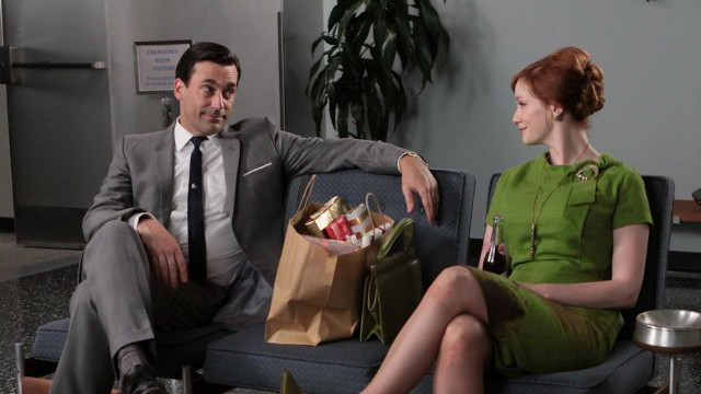 Jon Hamm og Christina Hendricks i Mad Men. (Foto: AMC)