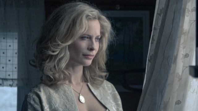 Maria Bonnevie i Maskeblomstfamilien. (Foto: Nordisk Film AS)