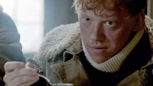 Rupert Grint i Into The White (Foto: Scanbox).