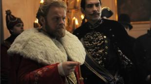 Kongen (Anders Baasmo Christansen) og Greven (Stig Werner Moe) i Reisen til julestjernen (Foto: Moskus Film).