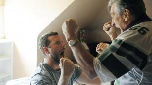 Bradley Cooper og Robert DeNiro som sønn og far i Silver Linings Playbook (Foto: Norsk Filmdistribusjon).
