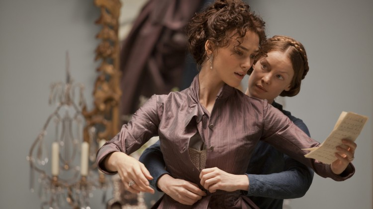 Keira Knightley og norske Guro Nagelhus Schia i Anna Karenina (Foto: United International Pictures).