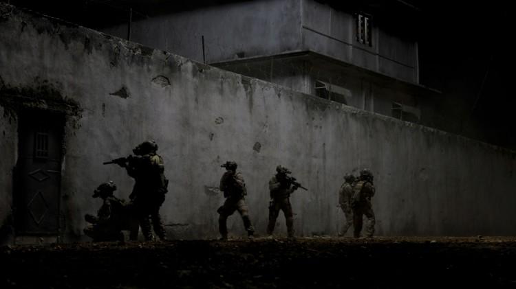 Navy SEALs jager Bin Laden i Zero Dark Thirty (Foto: United International Pictures).