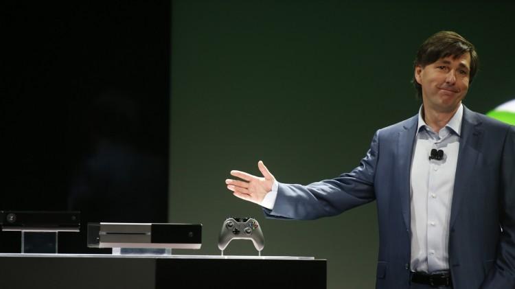 Don Mattrick presenterer Xbox One. (Foto: REUTERS/Nick Adams)