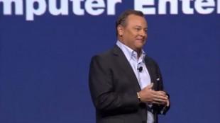 Sony-toppsjef Jack Tretton smilte bredt da han åpnet pressekonferansen. (Foto: Sony)