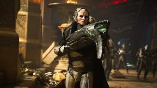 Alvelederen Malekith (Christopher Eccleston) er den store skurken i Thor: The Dark World (Foto: The Walt Disney Company Nordic).