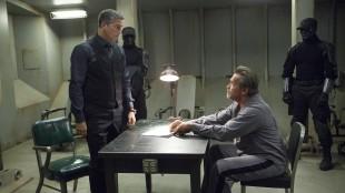 Jim Caviezel og Arnold Schwarzenegger i Escape Plan (Foto: Summit Entertainment).
