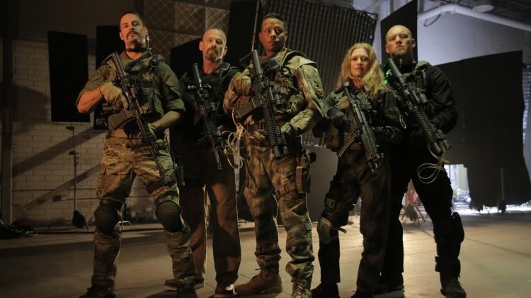 Joe Manganiello, Josh Holloway, Terrence Howard, Mireille Enos og Sam Worthington i Sabotage (Foto: Nordisk Film Distribusjon AS).