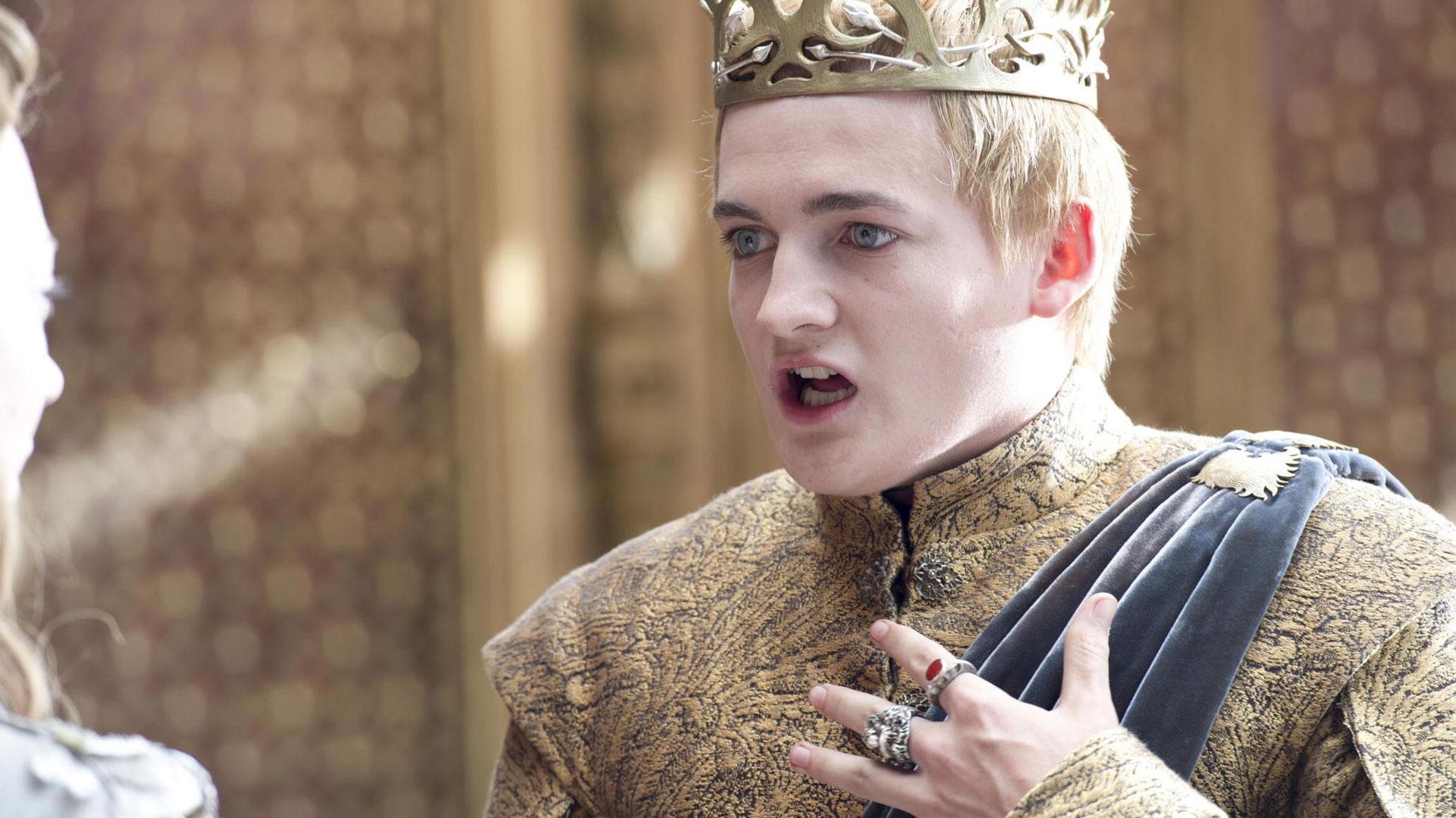 Neimen, Joffrey da! Kveles du? Sånn går det når man spiser duepaien sin for fort ... (Foto: HBO Nordic).