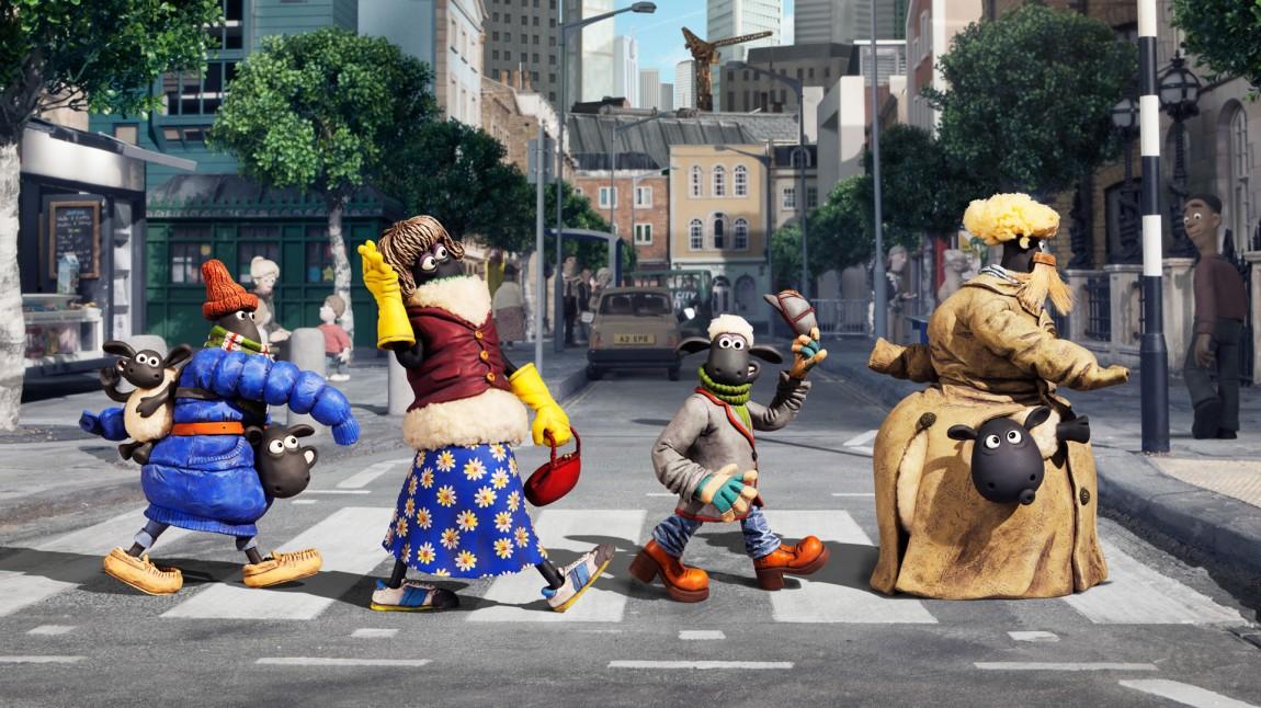 Ikke akkurat The Beatles, men saueflokken kler gangfeltet like godt som the Fab Four. (Foto: SF Norge AS)