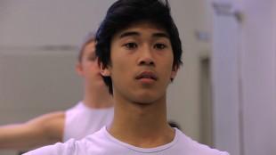 Syvert Lorenz Garcia er i tvil om karrierevalg i Ballettguttene (Tour de Force).
