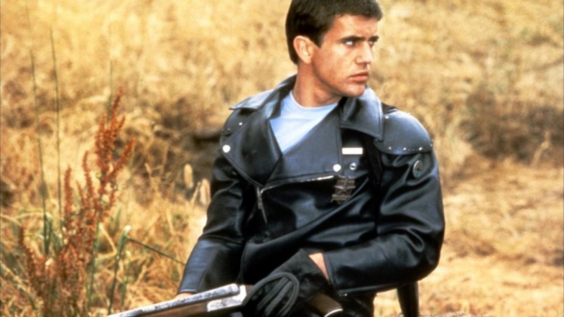 """En ung Mel Gibson som politimannen Max Rockatonsky i den første """"Mad Max""""-filmen (Foto: Kennedy Miller Productions)"""