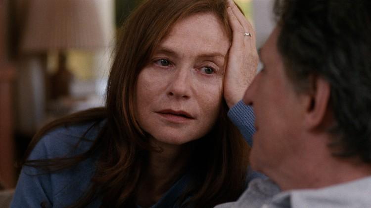 Isabelle Huppert spiller den avdøde moren i tilbakeblikk i Louder Than Bombs (Foto: Motlys).
