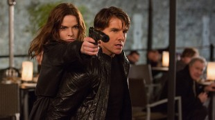 Ilsa (Rebecca Ferguson) og Ethan (Tom Cruise) (Foto: United International Pictures)