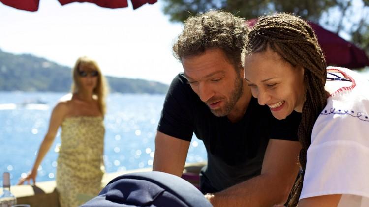 Kjærligheten mellom Georgio (Vincent Cassell) og Tony (Emmanuelle Bercot) kulminerer i ett barn i Min elskede (Foto: AS Fidalgo).