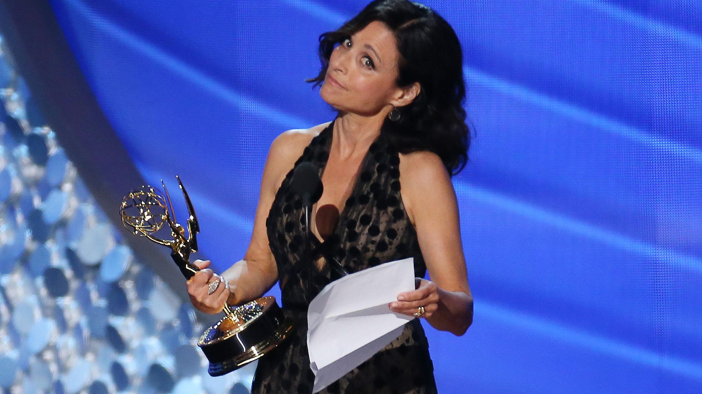 I 2016 fikk Julia Louis-Dreyfus prisen for beste kvinnelige hovedrolle i en komiserie for femte året på rad. Kan det bli 6 på rad i år? (Foto: REUTERS/Mike Blake, NTB scanpix).
