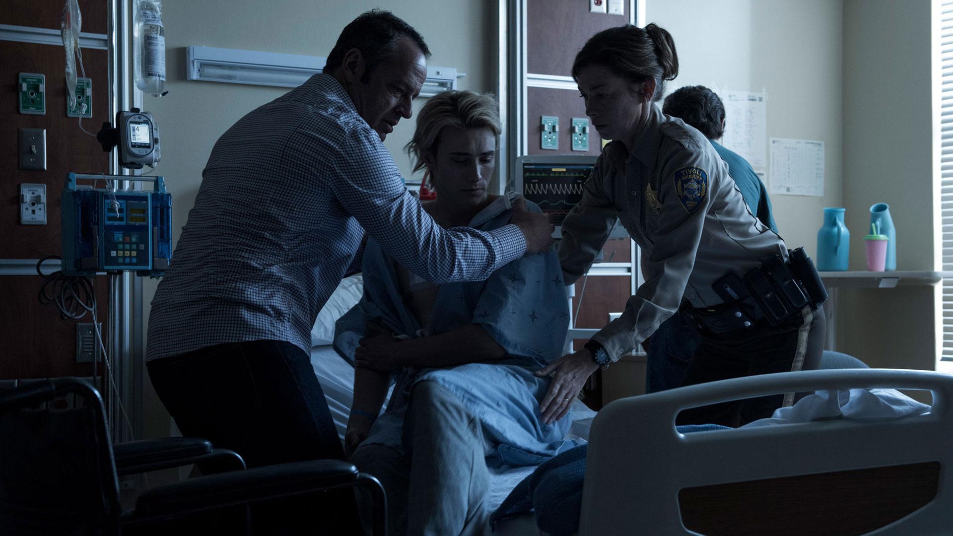 Eyewitness sier veldig fra i både stil og fargevalg at dette er en nordisk noir-serie. (Foto: USA Network)