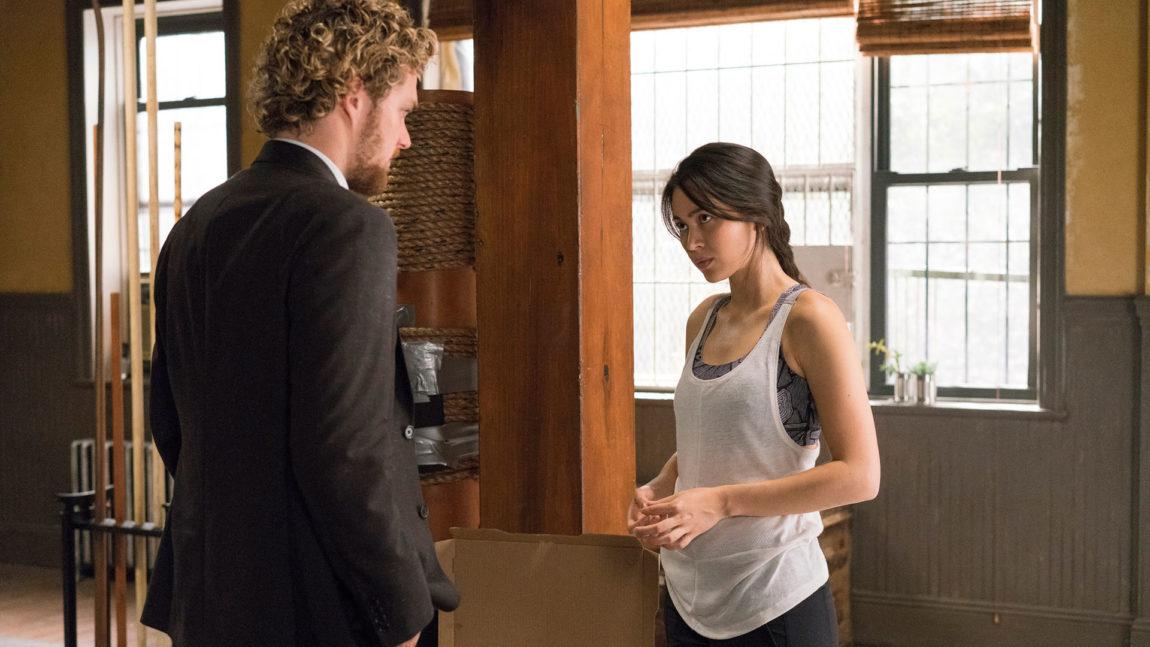 Danny og karatemesteren Colleen, spilt av Jessica Yu Li Henwick. (Foto: Netflix).