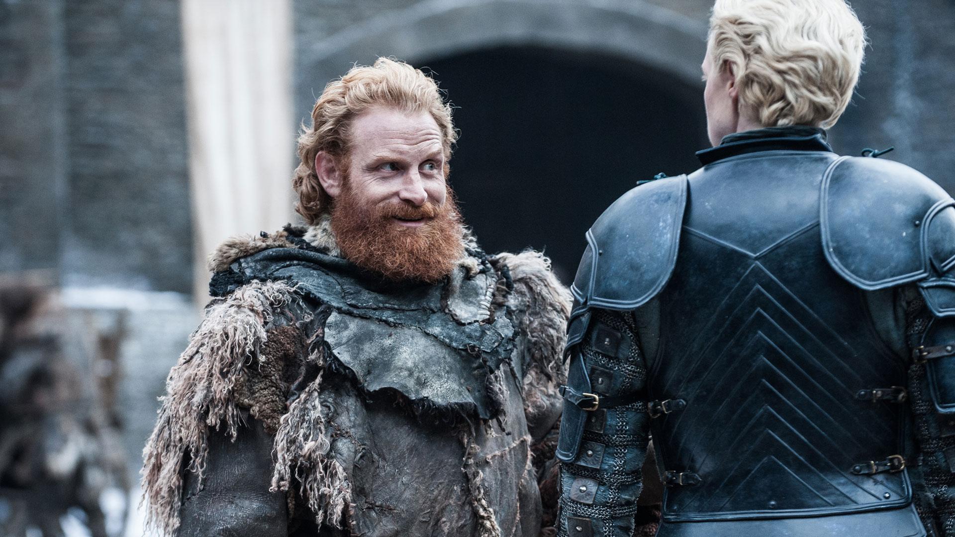 Tormund Giantsbane (Kristofer Hivju) har fremdeles et godt øye til Brienne of Tarth (Gwendoline Christie). Vi heier selvsagt på Briemund! (Foto: HBO)