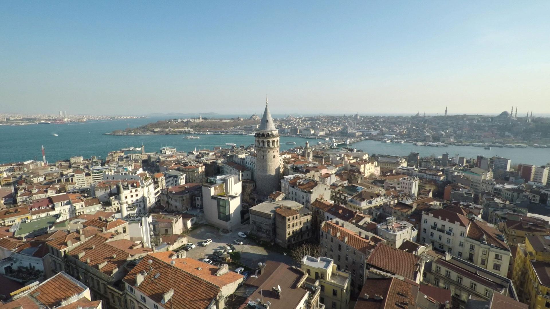 Istanbul er ikke vond å se på fra luften. (Foto: Selmer Media)