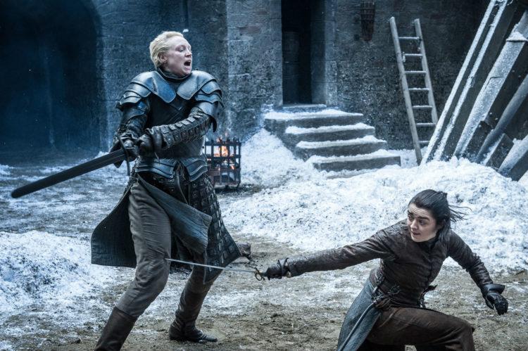 Møtet mellom Brienne og Arya var et av de aller beste øyeblikkene i sesong 7 av Game of Thrones. (Foto: HBO Nordic).