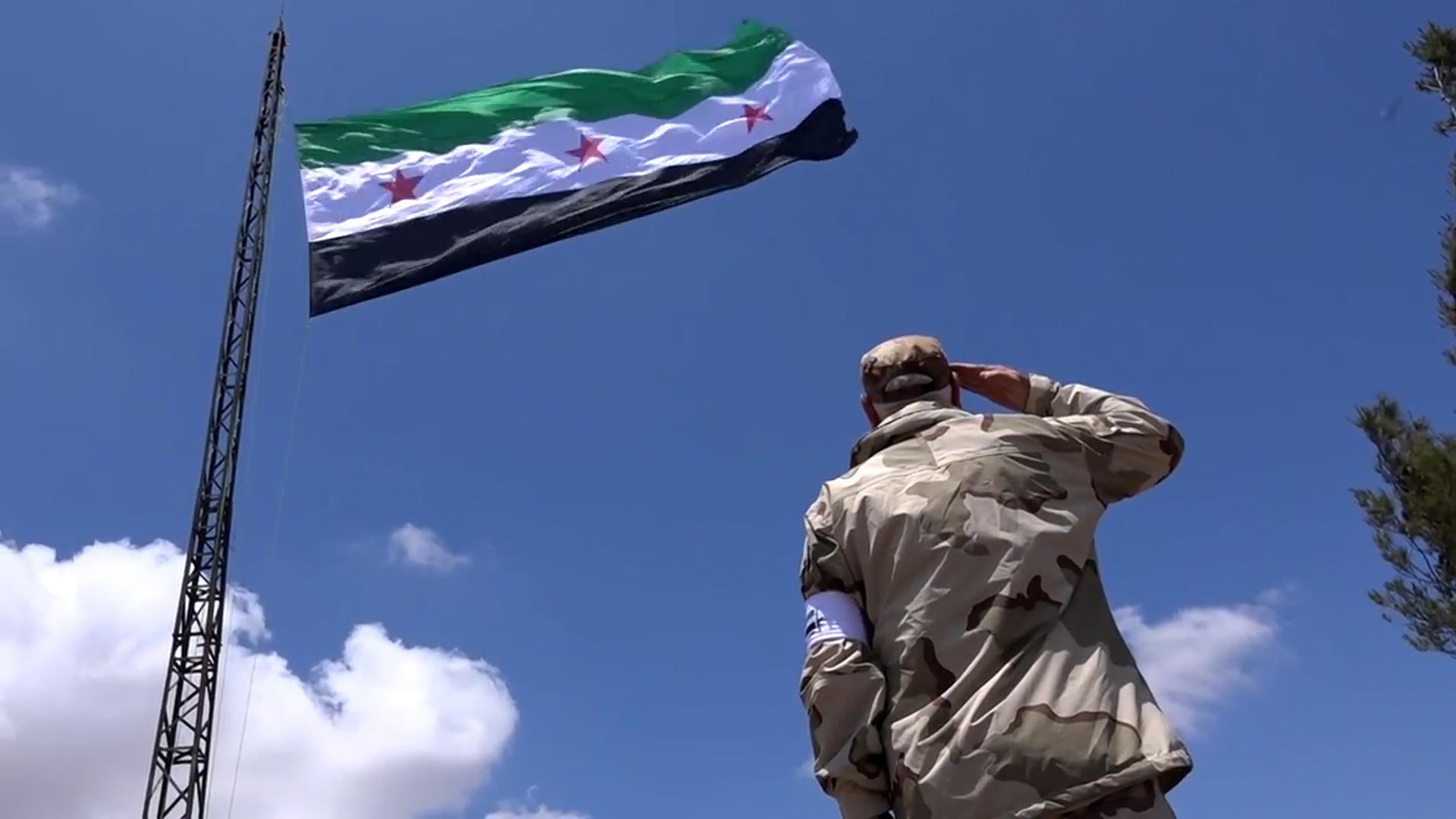 """Det såkalte """"Uavhengighetsflagget"""" har blitt et symbol på motstandskampen. (Foto: Tour de Force)"""