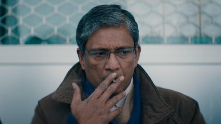 Adil Hussain spiller svært godt i Hva vil folk si. (Foto: Mer Filmdistribusjon).