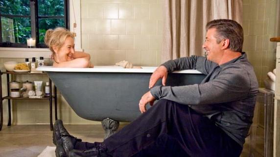 Meryl Streep og Alec Baldwin. (Foto: Filmweb)