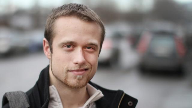 Eirik om spikking. Foto: Christian Ingebrethsen.