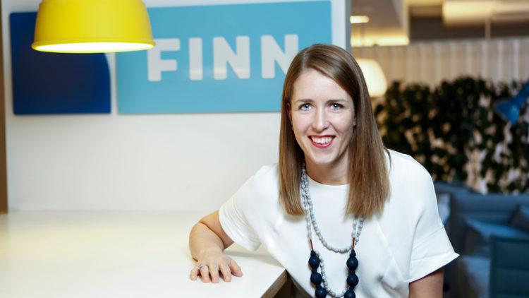 Kristine Eia Kirkholm, PR- og informasjonsansvarlig i Finn.no, forteller at annonser som spiller på følelser er de aller mest viste - også i 2016.  Foto: Finn.no.