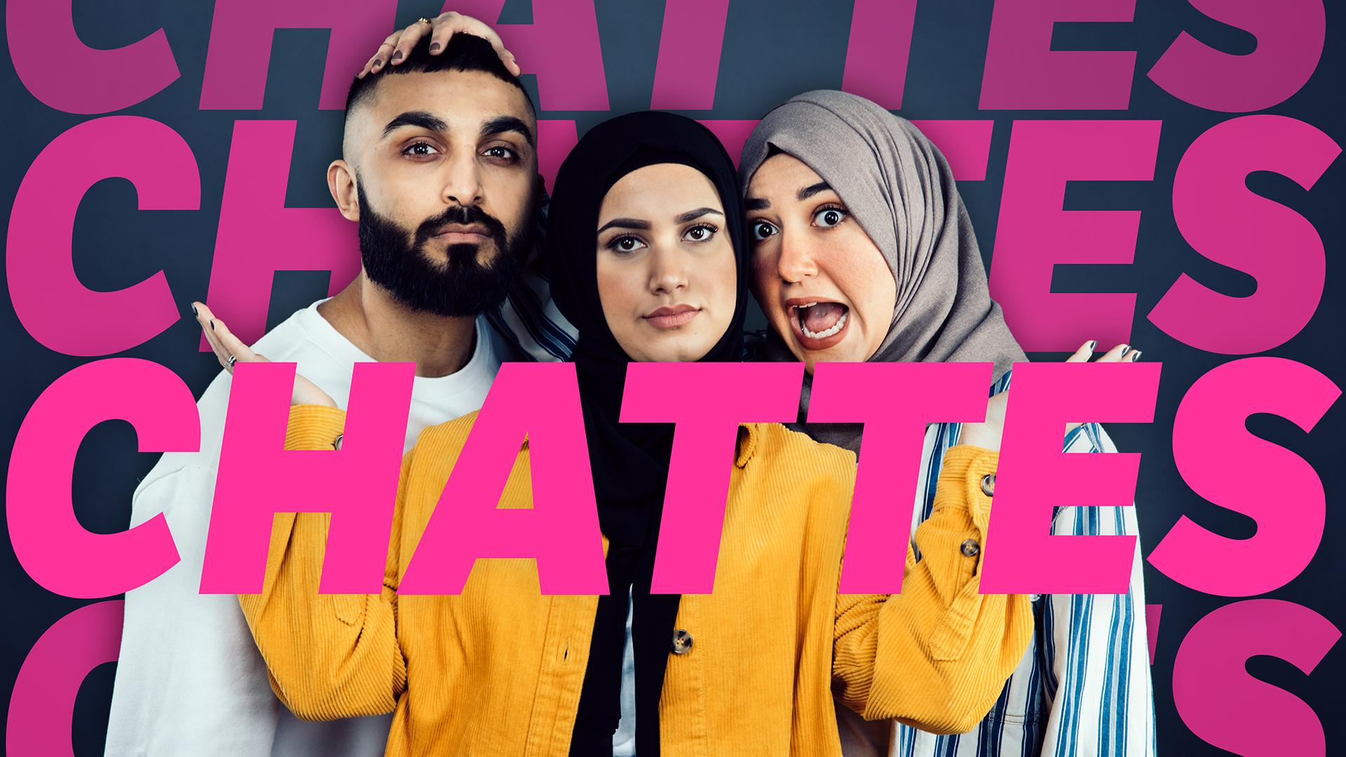 TREKLØVER: Chattes-programlederne Tariq Arshad, Faten Mahdi Al-Hussai og Hoda Abo Joaila. Foto: Kim Erlandsen, NRK P3